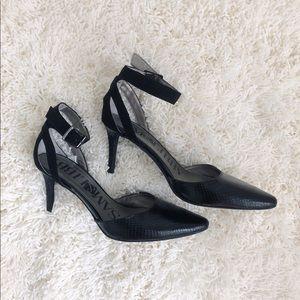 Sam&libby black heels